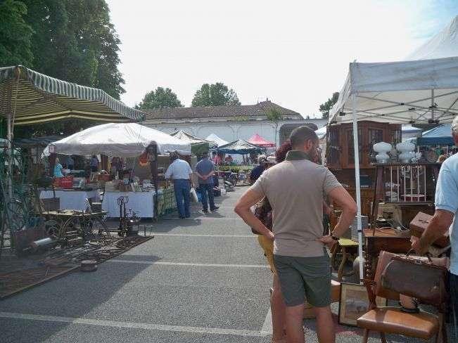A casale torna il mercatino dell 39 antiquariato monferrato - Mercato antiquariato casale monferrato ...